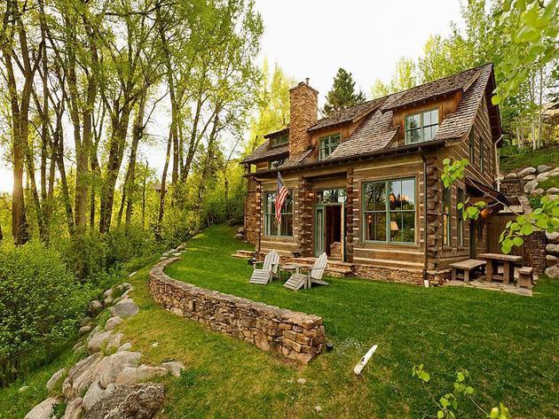 Cozy Log Cabin Overlooking Aspen Mountain