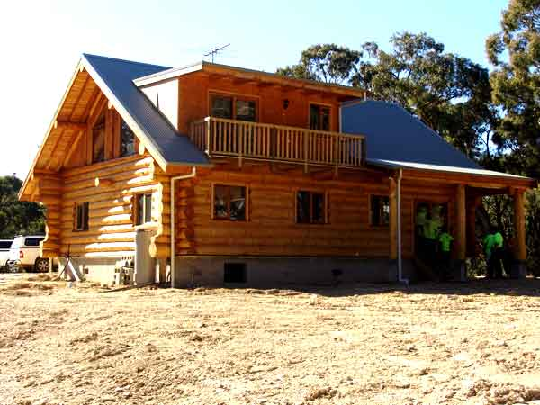 The Greendale Victoria Log House Is A Unique Design With